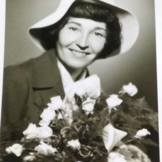 Olga Holubová